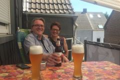 Mit Bier und Freunden... / Enjoying beer and Friends...