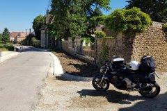 Auf wunderschönen Straßen am französischen Ende der Welt in Bœurs-en-Othe. / On beautiful roads at the end of the french world in Bœurs-en-Othe.