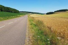 Hinter Troyes, auf dem Weg zum Campingplatz Richtung Metz. / Behind Troyes, on my way to the campground towards Metz.