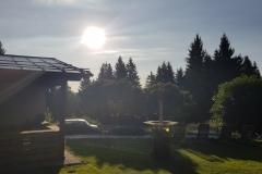 Der Morgen beginnt mit Sonne und frischen Temperaturen. The morning starts with sunshine and fresh temperatures.